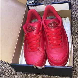 Jordan 2 Retro Low Red shoes